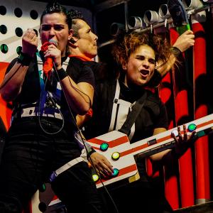 El teatro retorna a la TV abierta: TVN emitirá «CHAU, ADIÓS CHATARRA ELECTRÓNICA»